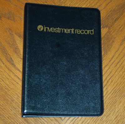 "221 - Complete Vinyl Investment Record Book- Binder Dimesnsion 9 1/4"" X 6 5/16"" paper size  8"" X 5"""